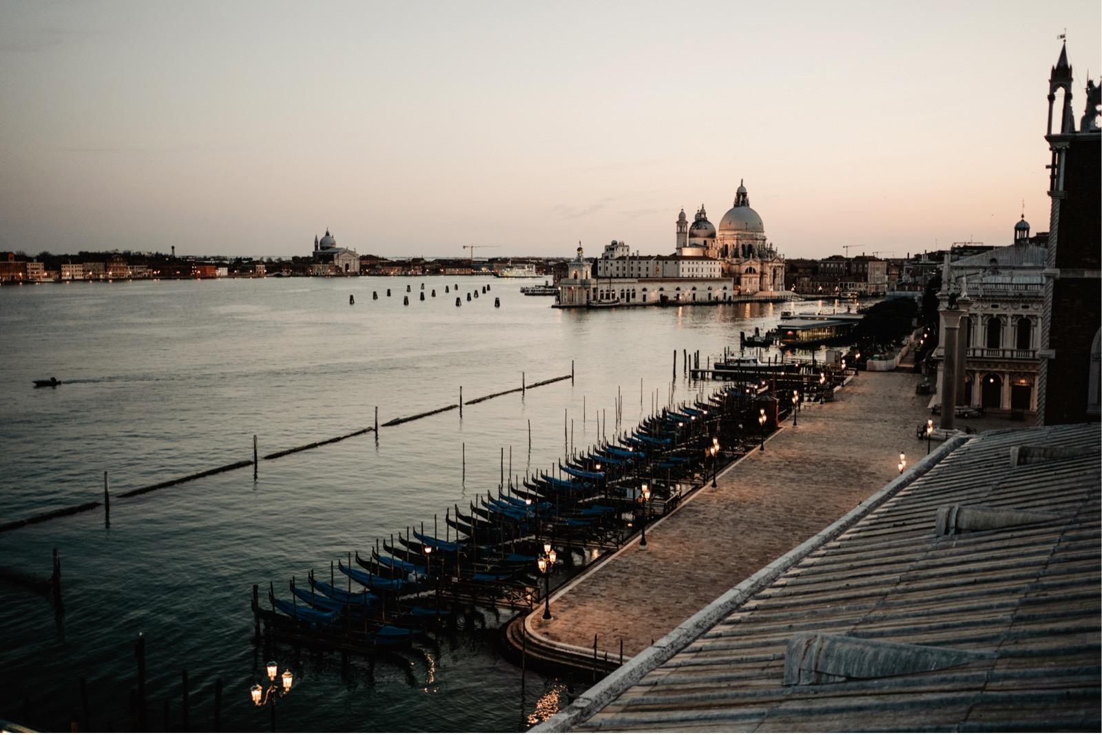 wedding proposal at hotel danieli Venice